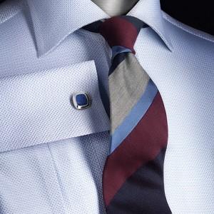 голубая рубашка со структурным рисунком с запонкой и галстуком