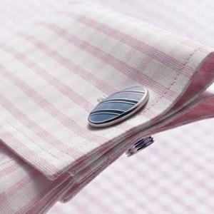 пример рубашки в розовою клетку с запонками